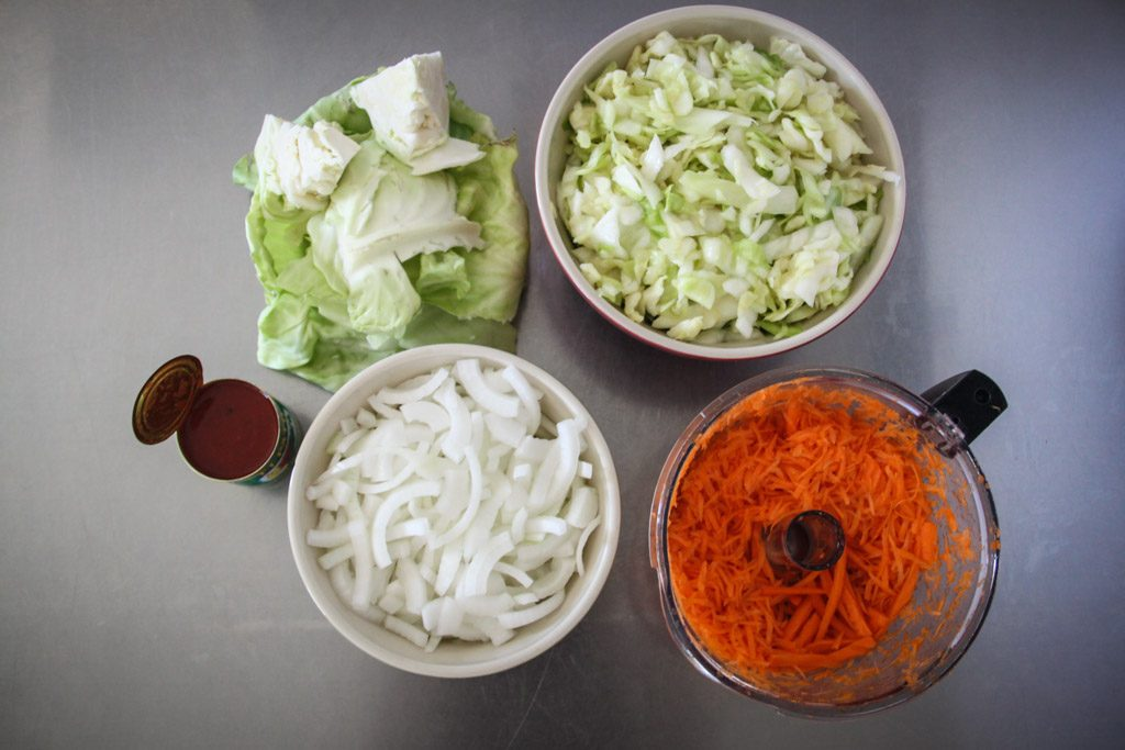 homemade sauerkraut ingredients