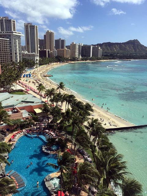 Include Waikiki Beach in your Hawaii itinerary!